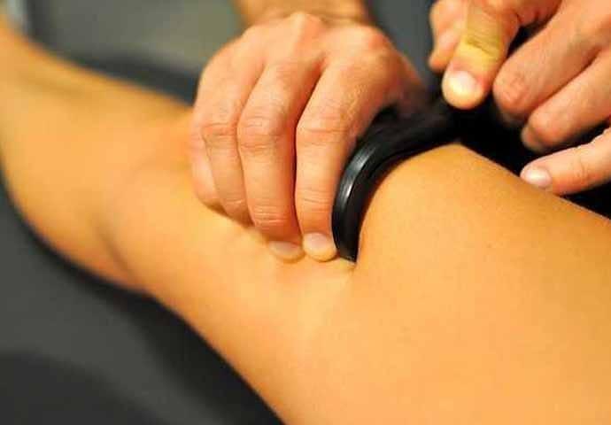 Fibroliza mięśniowo-powięziowa – haczykowanie